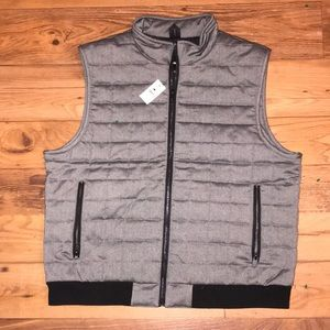 NWT ESSENTIAL EXPRESS VEST